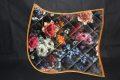 Pearl-Schabracken-Manufaktur-Friese-Barock-Barocke-Schabracke-Flower-Blumenprint-Samt-1-scaled-e1605613163128