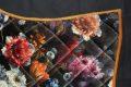 Pearl-Schabracken-Manufaktur-Friese-Barock-Barocke-Schabracke-Flower-Blumenprint-Samt-3-scaled-e1605613186684