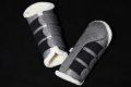 Pearl-Schabracken-Manufaktur-Dressurgamaschen-Springgamaschen-boots-Gamaschen-Glitzer-Beinschutz-Streichkappen-Silber-Welsh-A-Deutsches-Reitpony-scaled-e1605298339340