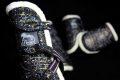 Pearl-Schabracken-Manufaktur-Dressur-Schabracke-Gamaschen-Bandagen-Streichkappen-Springen-Metallic-Schwarz-Gold-Silber-Trakehner-4-scaled-e1605343447208