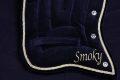 Pearl-Schabracken-Manufaktur-Longierpad-Shetty-Mini-Shetty-Fahrpad-Longierunterlage-Pony-Schabracke-Bestickung-Wels-A-2-scaled-e1606030332793