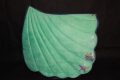 Pearl-Schabracken-Manufaktur-Barock-Dressur-Muschel-Seashell-Glitzer-Mint-Samt-Leder-2-scaled-e1605793401208